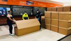 Entregan ataúdes de cartón en Ecuador por crisis en el…