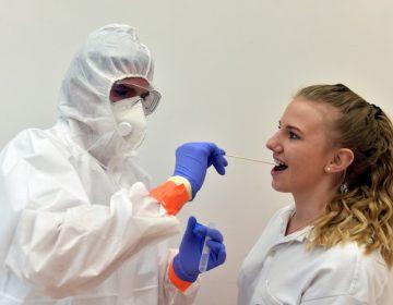 ¿Por qué algunas personas son asintomáticas con el coronavirus?