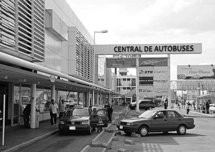 Disminuye 60% pasaje de taxis de la Central Camionera