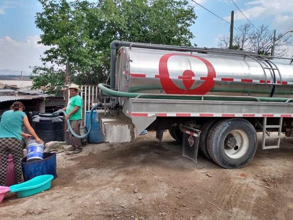 Abastece Veolia más de un millón de litros de agua a comunidades rurales