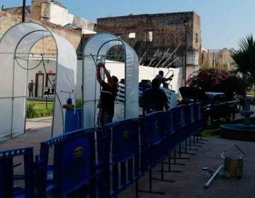 Por Covid-19, colocan autoridades de Atlixco más arcos sanitizantes