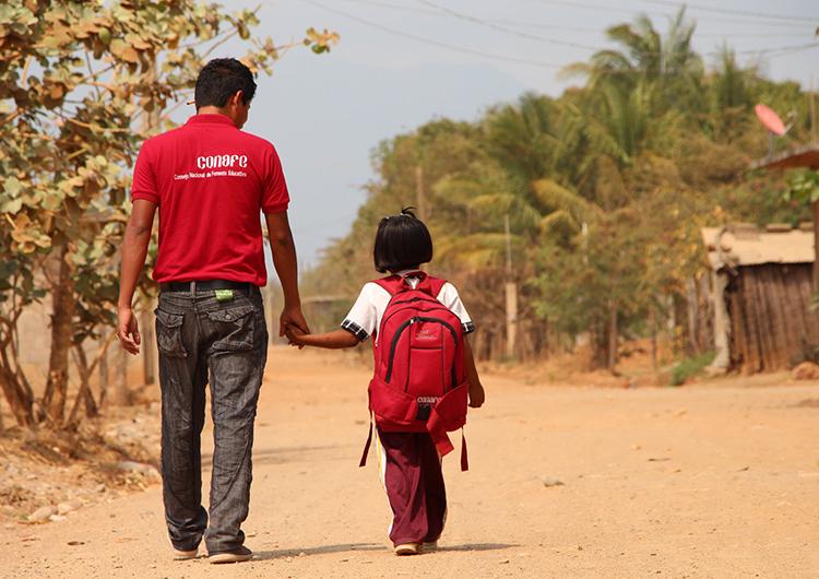 Maestros de Conafe, son ejemplo educativo en comunidades rurales