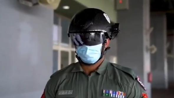 """La policía de Dubái utiliza """"cascos inteligentes"""" con sensores térmicos para detectar posibles infectados"""