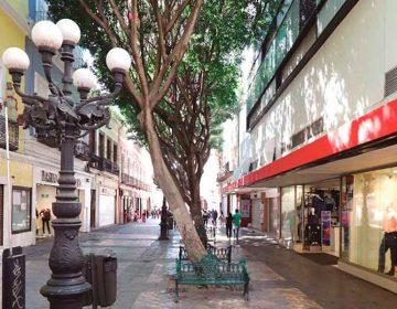 Se suman 3 mil comercios del Centro Histórico a cerrar por bajas por coronavirus