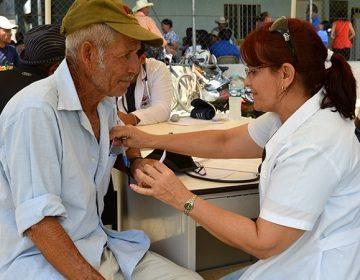 Habilita ISSEA líneas telefónicas para atención de pacientes de diabetes, hipertensión y otras enfermedades