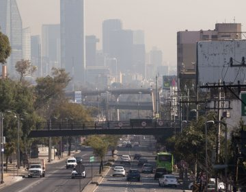 El COVID-19 dejó cielos limpios en grandes urbes, menos en la CDMX donde la contaminación no baja