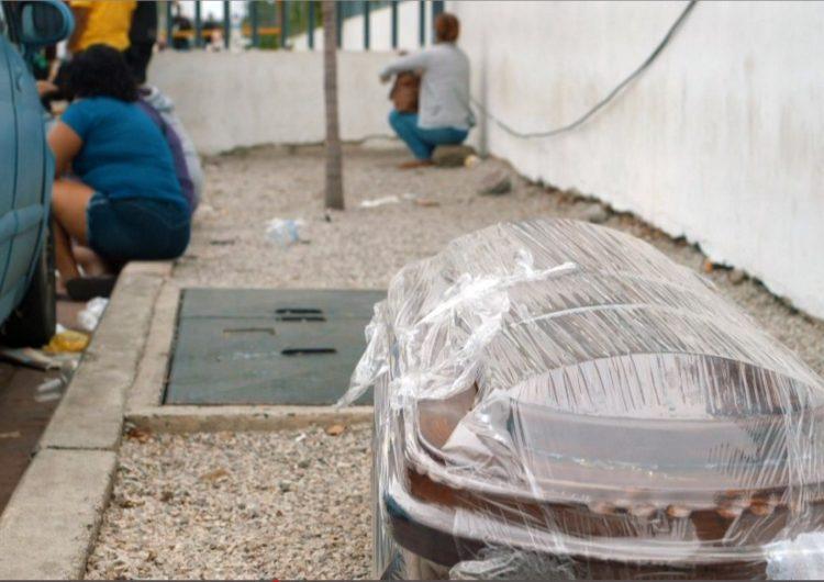 Por la pandemia, Ecuador enfrenta una crisis en el manejo de cuerpos de fallecidos