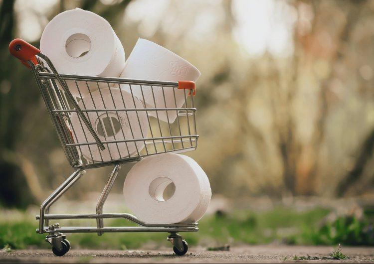 Le niegan reembolso a un hombre que compró 10,000 dólares de papel higiénico