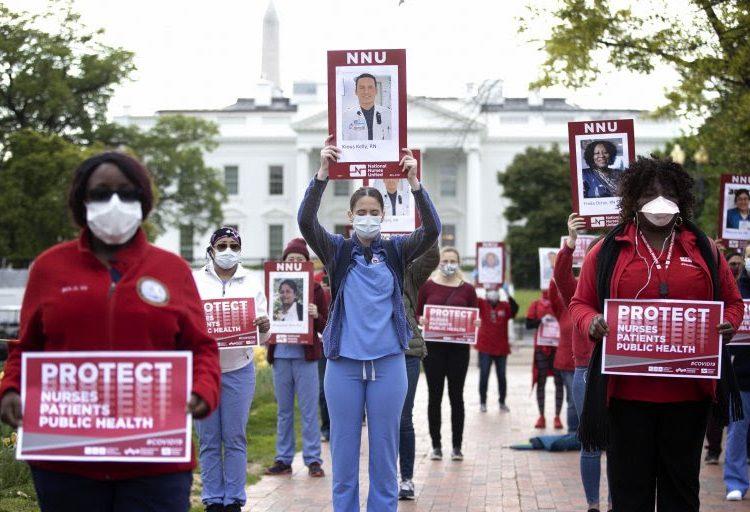 Muere trabajadora de la salud de EU después que hospital se negó a internarla en cuatro ocasiones