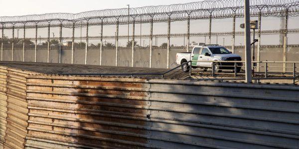 EUA ordena deportar a migrantes indocumentados de forma inmediata por Covid-19