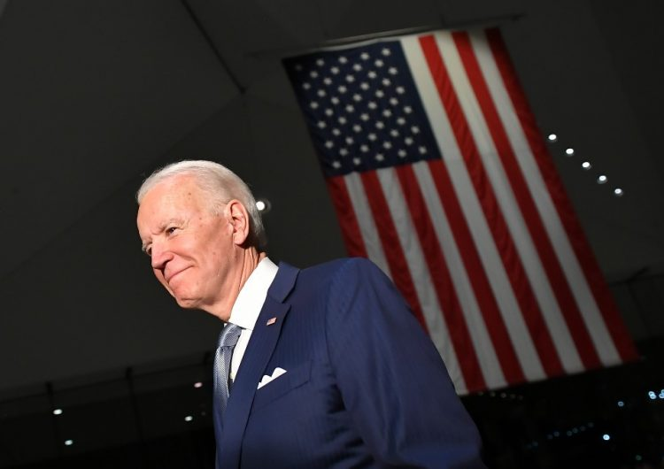Joe Biden niega acusaciones de abuso sexual de antigua empleada