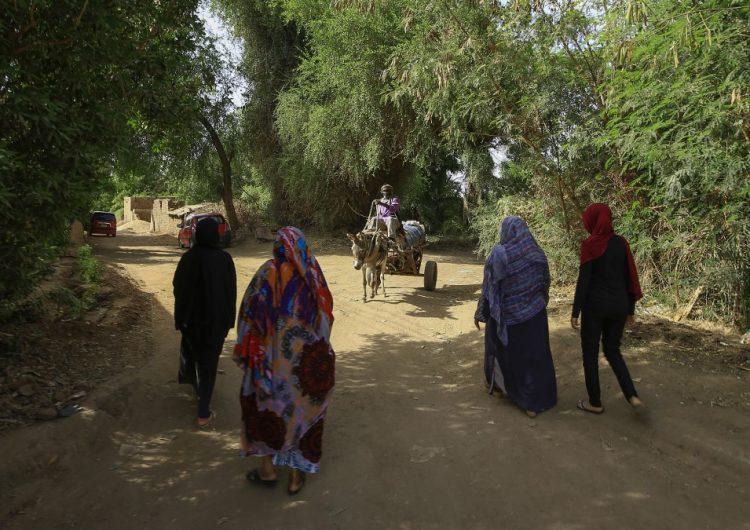 El gobierno de Sudán criminaliza la mutilación genital femenina