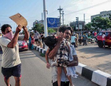 Fuga de gas en fábrica química en India deja al menos 11 muertos y 1,000 hospitalizados