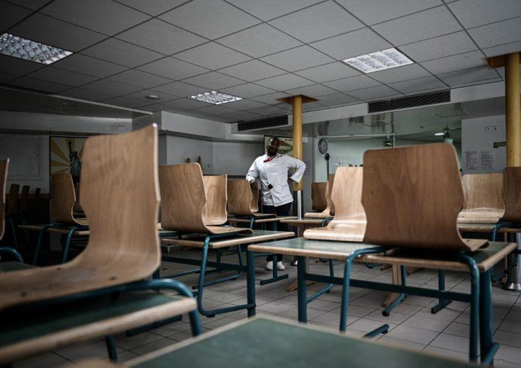 """Francia reabrirá negocios """"no esenciales"""" y algunas escuelas a partir del lunes"""