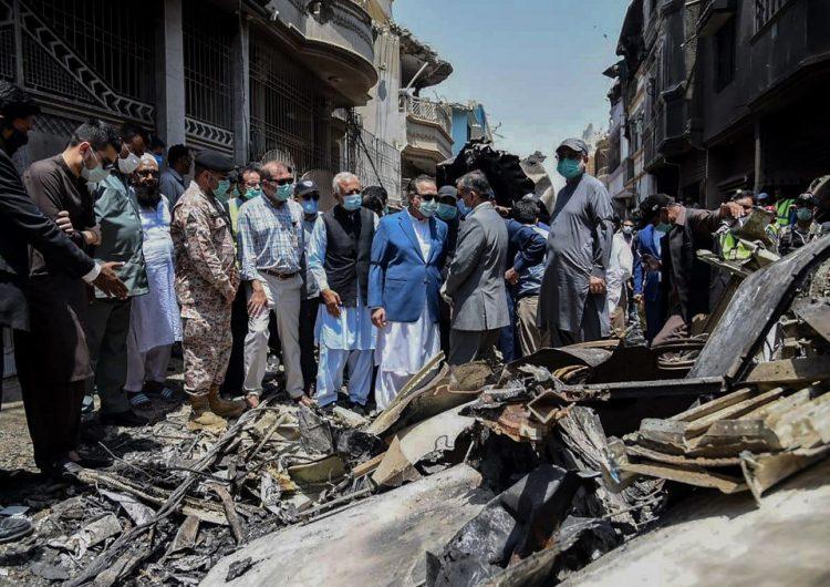 Sobreviviente cuenta el horror del accidente de avión en Pakistán