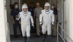 La NASA autoriza el primer vuelo tripulado de SpaceX el…