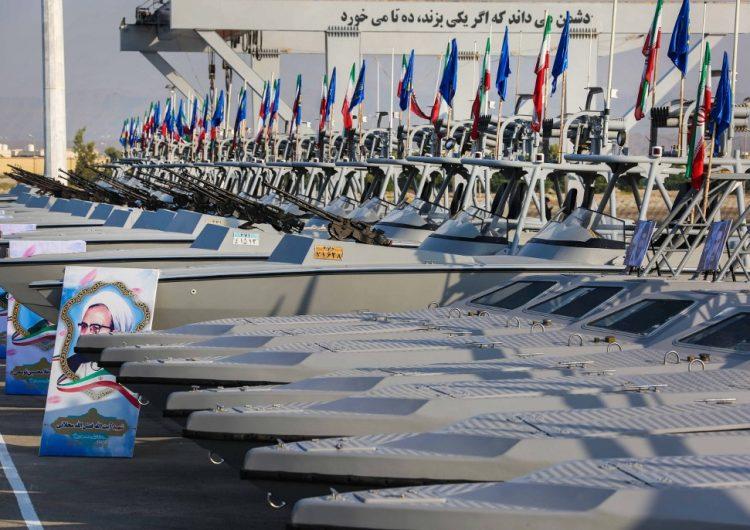 Irán amplía su flota y advierte a la marina estadounidense en el Golfo