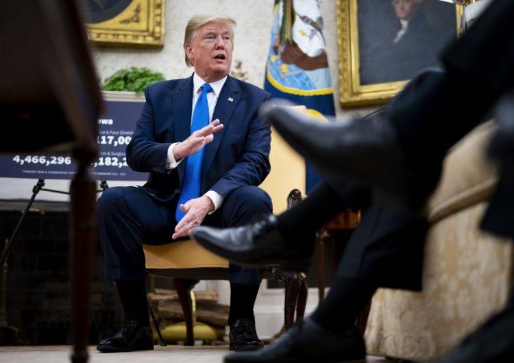 Trump veta la resolución del Congreso que limita su capacidad militar contra Irán
