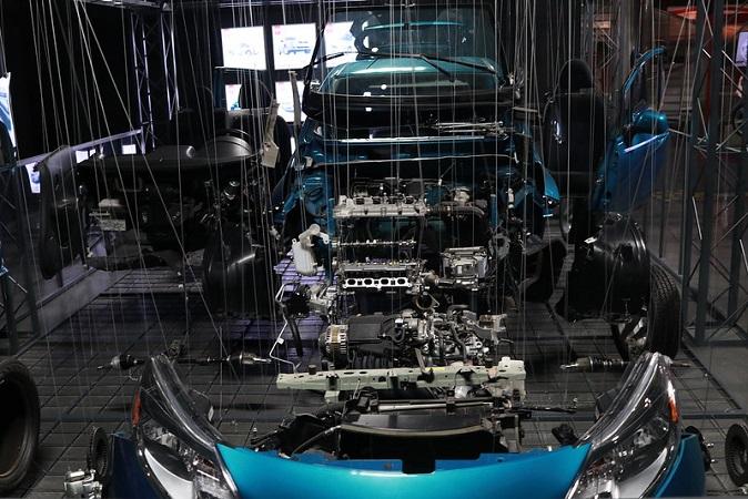 Discrepan gobiernos por fecha de reactivación de industria automotriz