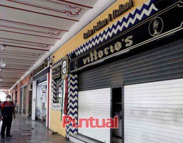 Agonizan comercios del Centro Histórico de Puebla por pandemia del Coronavirus