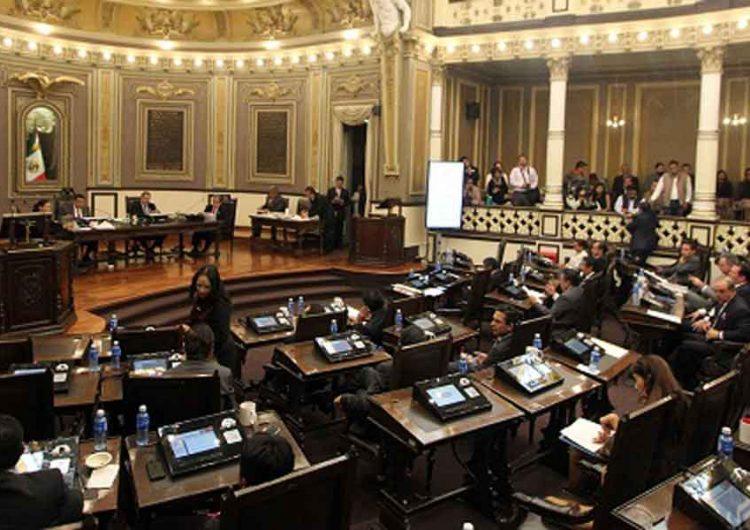 Estudiantes piden corregir Ley de Educación en Puebla