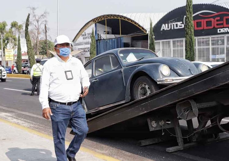 Hoy no Circula deja 197 vehículos en el corralón