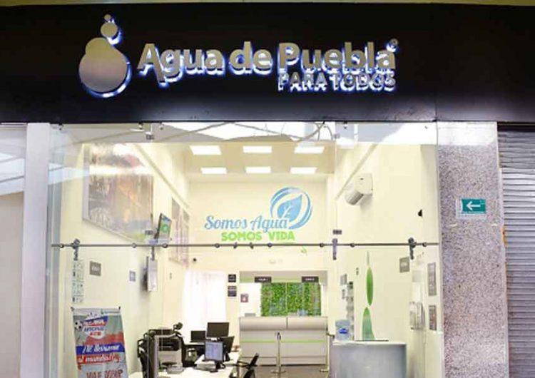 Rafael Moreno Valle entregó negocio del agua a Hank Rhon; el gobernador de Puebla, Miguel Barbosa, lo consiente