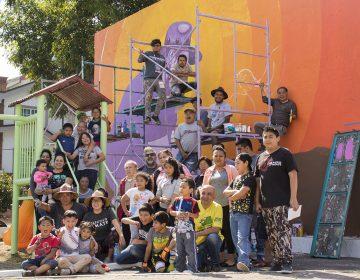 De la calle a la casa: una iniciativa para pintar murales dentro del hogar