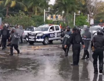 Piden despensas en Campeche, les dan garrotazos