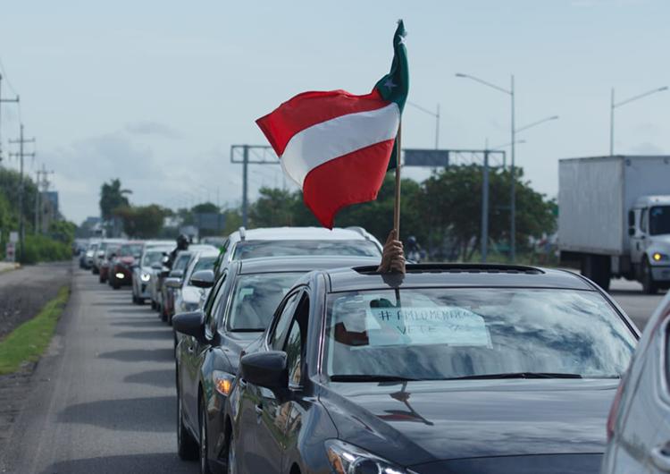 Protestan vs AMLO (Galería y Video)