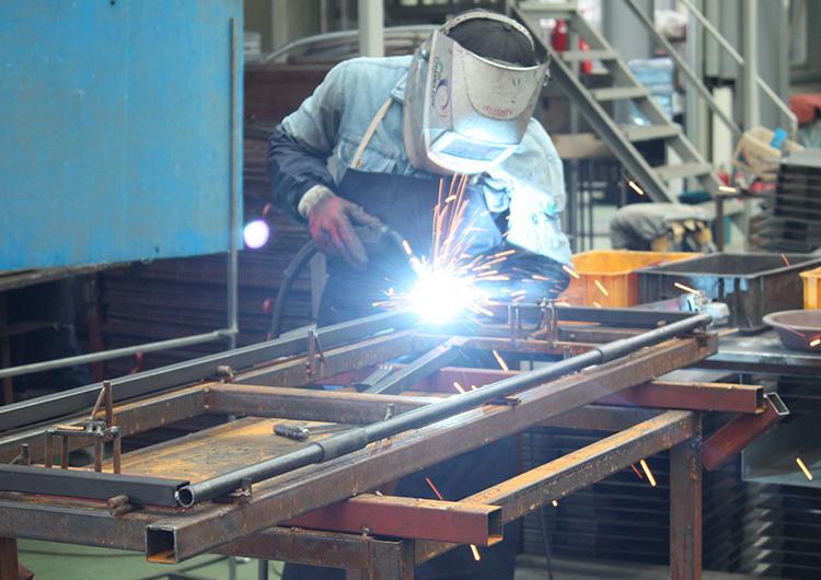 Reabren manufactura especializada en Yucatán con 28,500 empleados