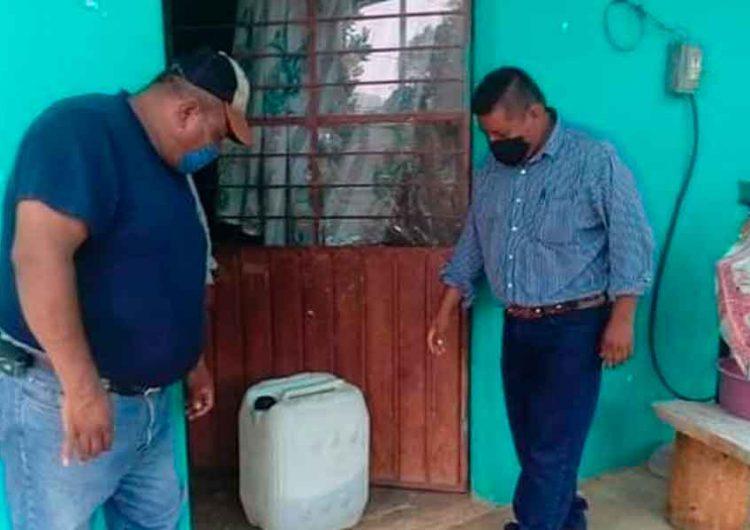 Policías implementan operativo para evitar consumo de alcohol refino en Puebla