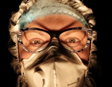"""Los médicos italianos que enfrentaron la pandemia: """"Fuimos héroes pero ya nos olvidaron"""""""