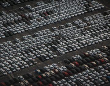 Registra venta de automóviles su peor caída desde 1995