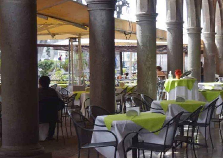 En Puebla establecimientos de comida solo tendrán servicio para llevar