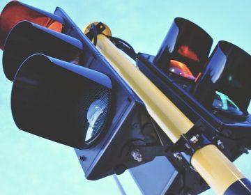 Alistan instalación de semáforos inteligentes en Av. Aguascalientes