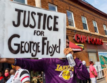 Autopsia privada de George Floyd reveló que otros dos policías estuvieron implicados en su muerte