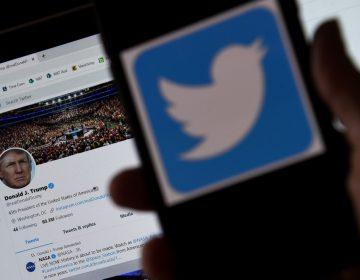 La cuenta de Trump es el primer resultado al al buscar la palabra racista en Twitter