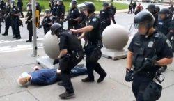 Dos policías de Nueva York suspendidos por herir de gravedad…