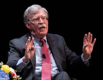 John Bolton, exasesor de Trump, asegura que este suplicó ayuda para su reelección al presidente chino