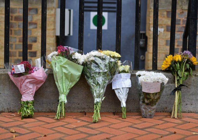 """Ataque """"terrorista"""" con cuchillo deja tres muertos en Reino Unido"""