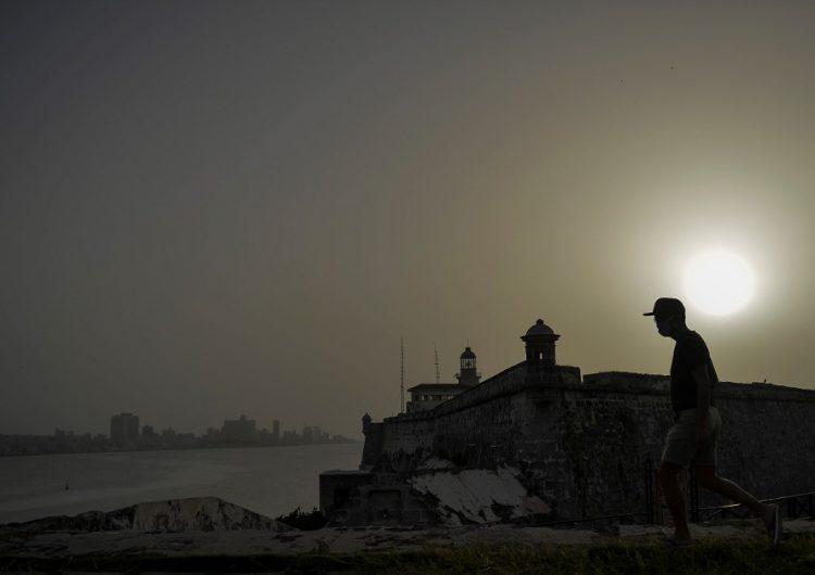 Polvo del Sahara ensombrece Cuba, eleva la temperatura y deteriora el aire