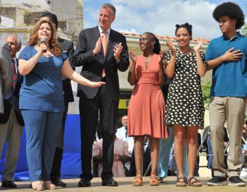 Hija del alcalde de NYC es arrestada durante protesta en Manhattan