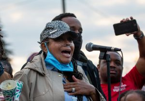 Manuel Ellis murió a manos de policías de Washington: alcaldesa de Tacoma