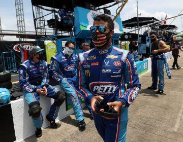 Descartan crimen de odio contra 'Bubba' Wallace, único piloto negro de NASCAR, por soga en su garaje