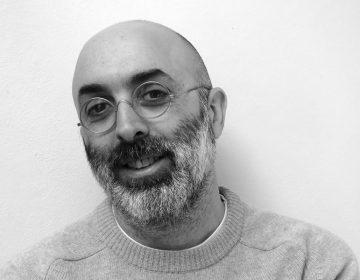 Escribo con libertad, no pienso en asuntos de mercado: Eduardo Halfon