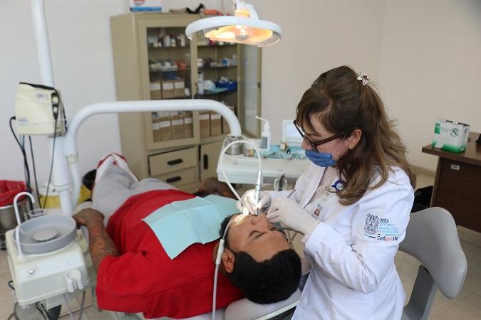 Presenta ISSEA protocolo sanitario para dentistas