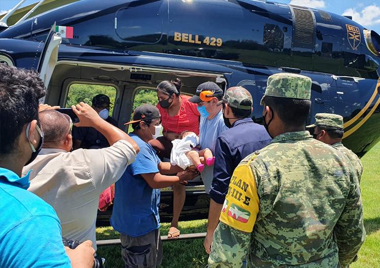 Mantiene Ejército Plan DN-III-E de rescate en poblados yucatecos (Galería y videos)
