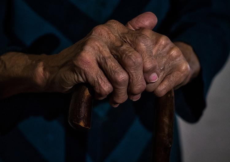 """Trasladan ancianos abandonados del Albergue """"Jesús de la Misericordia"""""""