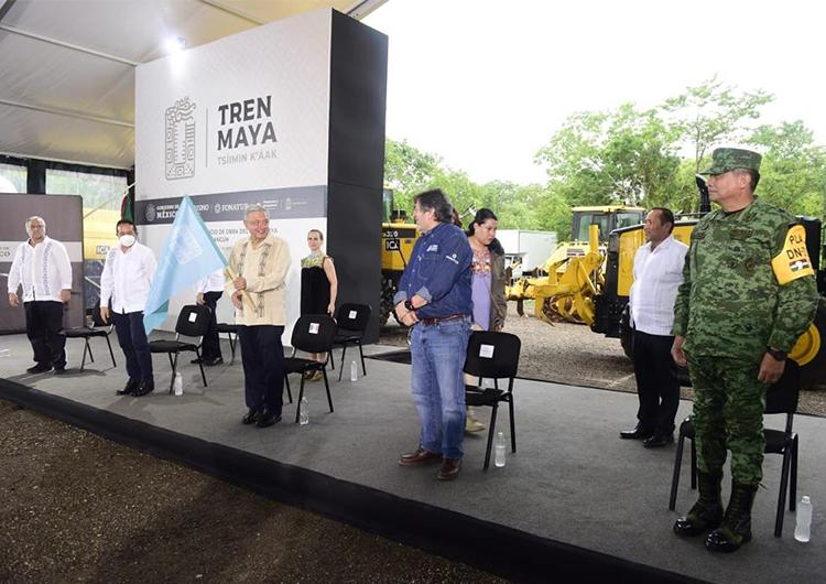 Arranca Tren Maya, AMLO reconoce visión de Carlos Joaquín
